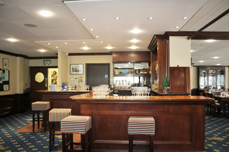 Wardroom Bar at HMS President Tower Hill