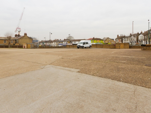 Whipps Cross ,  London, Alternative Venues London, Military Venues, Military Locations, Space to Hire, Venues, Location, Meetings,  training, training location, Outdoor area, Unit Base